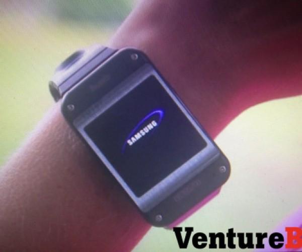 آیا این شی عجیب٬ ساعت هوشمند سامسونگ است؟