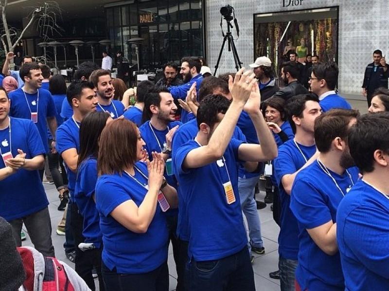 گزارش اختصاصی از افتتاحیه اولین اپل استور استانبول