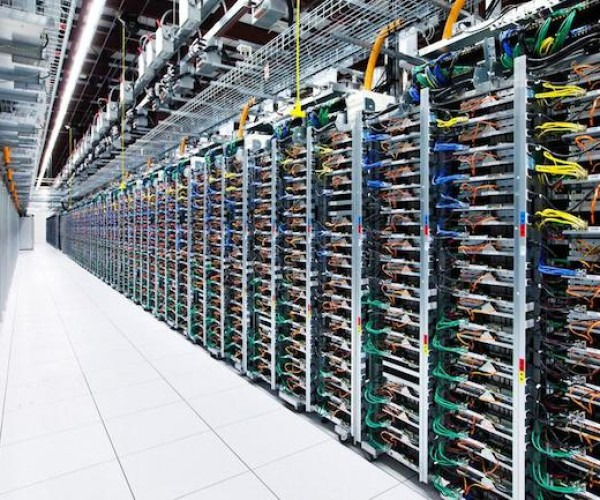 تصاویر مراکز داده گوگل، غول جستجوگر اینترنتی