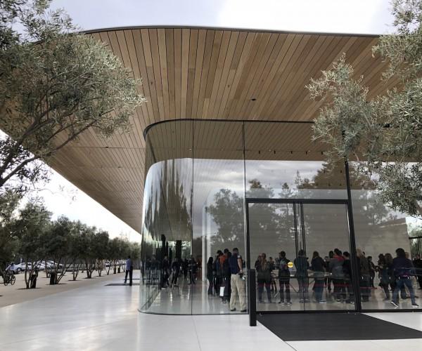 انتشار گزارش اقتصادی اپل برای سه ماه پایانی ۲۰۱۷