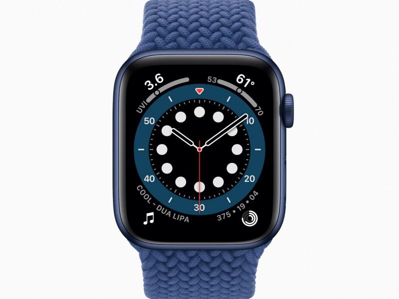 Apple_watch-series-6-aluminum-blue-case-countup-watchface_09152020