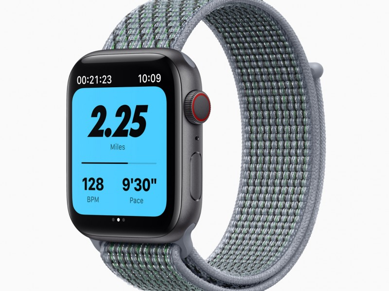 Apple_watch-series-6-aluminum-space-gray-case-nike-watch-green-band_09152020