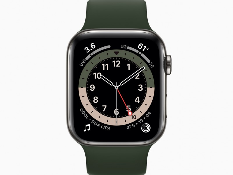 Apple_watch-series-6-stainless-steel-case-gmt-watchface_09152020
