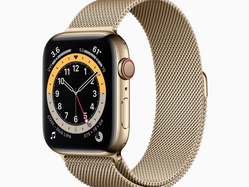 Apple_watch-series-6-stainless-steel-gold-case_09152020