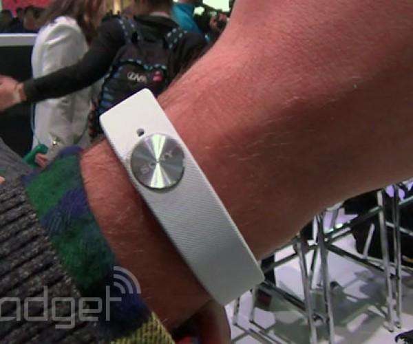 دست بند ورزشی سونی با نام Core معرفی شد