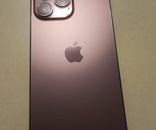 تصاویری از iPhone 13 Pro در رنگ جدید Rose Gold