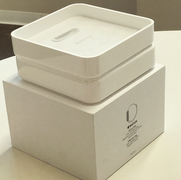 Apple-Watch-box-2